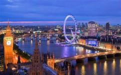 Áprilistól útdíjat szednek az angolok is